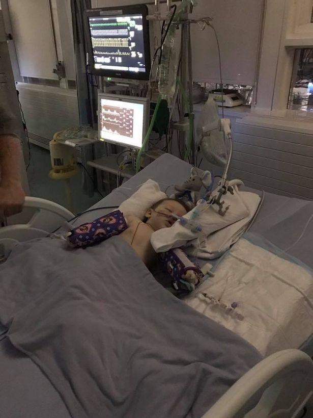 Nhờ cấp cứu kịp thời, bệnh tình của bé đã dần chuyển biến tích cực