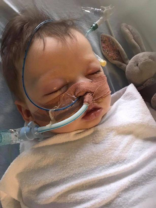 Không thể biết điều kinh khủng gì sẽ xảy ra nếu bé không được cấp cứu kịp thời