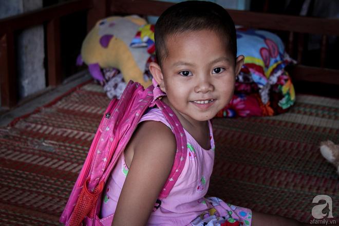 Tâm sự của bé gái 5 tuổi bị u não: Mẹ ơi! Mẹ cứu con đi, con lớn lên đi mần công ty trả tiền cho mẹ - Ảnh 11.