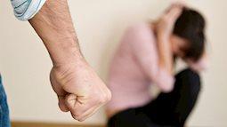 Tránh vỏ dưa gặp vỏ dừa: Mẹ đơn thân tố bị bạn trai đánh đập tàn nhẫn