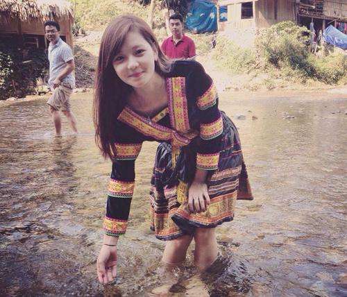 Hương là cô gái Hà Nội. Bức ảnh này được chụp khi cô cùng các bạn đi chơi Sapa. Ảnh: NVCC.