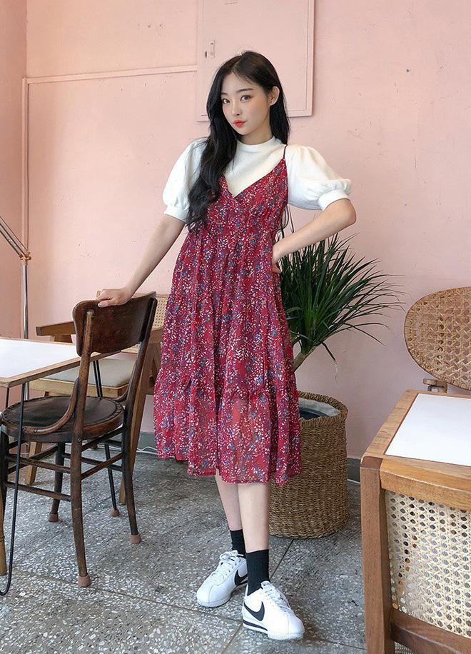 """Tuyệt chiêu để """"lúc nào cũng mặc đẹp"""" của con gái Hàn nằm cả ở 12 món đồ và cách mix này - Ảnh 1."""