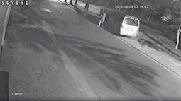 Truy tìm tài xế ô tô gây tai nạn khiến 2 người thương vong rồi bỏ trốn