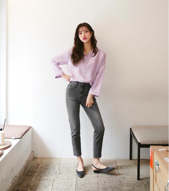 Định mặc quần jeans ống đứng, các nàng hãy chọn 1 trong 4 combo cứ lên đồ là đẹp miễn chê này - Ảnh 8.