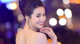 """Nhã Phương khoe lưng trần gợi cảm cùng dàn sao Việt đổ bộ thảm đỏ """"Cánh diều vàng 2017"""""""