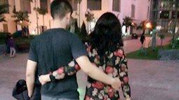 Vợ trẻ hốt hoảng khi có người báo chồng ôm eo người phụ nữ khác, càng bất ngờ hơn khi biết danh tính 'người bí ẩn'