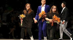 Cư dân mạng thích thú khi thủ môn Bùi Tiến Dũng làm vedette tại Vietnam International Fashion Week