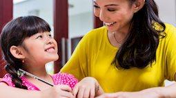 """Những đứa trẻ tự tin, lạc quan luôn được cha mẹ thủ thỉ những câu nói """"vàng mười"""" này mỗi ngày"""
