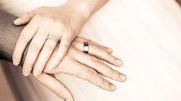 Ly hôn đã 5 năm vì hôn nhân không gối chăn, tôi vẫn không thể quên chồng cũ