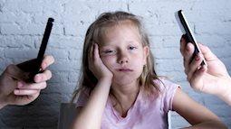 Điều xảy ra với những đứa trẻ có bố, mẹ nghiện điện thoại di động