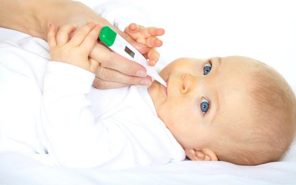 Cha mẹ cần lưu ý cho trẻ làm quen thích nghi nhiệt độ tại các môi trường trước khi tiếp xúc