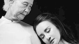 Ca sĩ Vy Oanh đau xót chia sẻ thông tin mẹ đẻ qua đời