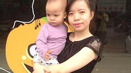 Con ốm sốt mọc răng vẫn ăn hết bát cháo ngon lành nhờ bí kíp cực hay của bà mẹ Hà thành này!