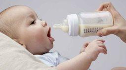 Pha sữa cho con: Những điều không phải bố mẹ bỉm sữa nào cũng biết