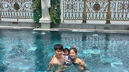 Thì ra, lý do mà cô nàng Trang Lou không bao giờ chụp ảnh mặc bikini lại đáng yêu thế này!