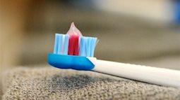 Thấy chi tiết này trên bàn chải đánh răng của con mẹ đã phát hiện ra bí mật bất ngờ nhưng rất thú vị