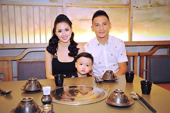 Ghen tị với tổ ấm hạnh phúc, chồng chiều con ngoan của những cựu hot girl Việt đình đám - Ảnh 16.