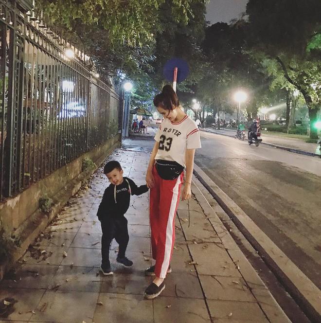 Ghen tị với tổ ấm hạnh phúc, chồng chiều con ngoan của những cựu hot girl Việt đình đám - Ảnh 28.