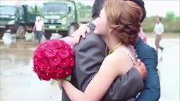 Clip đám cưới khiến người phụ nữ nào cũng xúc động