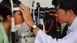 Chữa cận thị cho con bằng cháo: độ chưa thấy giảm mắt càng cận thêm!