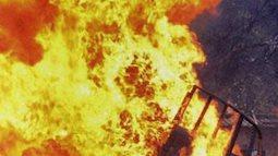Hơn 50 người thoát thân trong vụ cháy khách sạn kinh hoàng