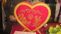 Dở khóc dở cười với màn mừng cưới bằng tiền photo của đám bạn thân 'lầy lội'