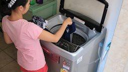 Nàng dâu ấm ức vì mẹ chồng giặt đồ của cả nhà, chỉ chừa duy nhất một bộ của mình ra, dân mạng hiến kế cách trả đũa