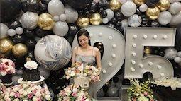 Chồng sắp cưới ôm chặt Tú Anh trong tiệc sinh nhật