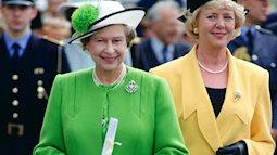 Những trang phục đặc trưng gắn liền với phụ nữ Hoàng gia Anh