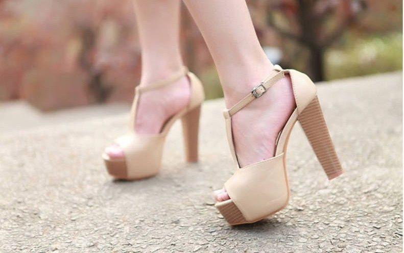 Mẹo vặt gia đình: Giày hết trơn trượt chỉ trong một nốt nhạc và vô số mẹo vặt đáng nhớ khác