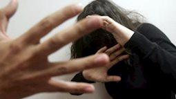 Người đàn ông cưỡng bức vợ tình địch để trả thù bị 'cắm sừng'