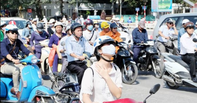 Thời tiết 22/8: Nắng nóng tiếp diễn ở Trung Bộ, Hà Nội có mưa rào và dông