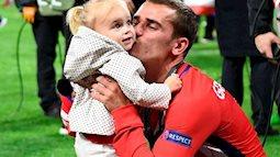 Antoine Griezmann- ngôi sao của đội tuyển Pháp là ông  bố trẻ chăm con gái cực khéo