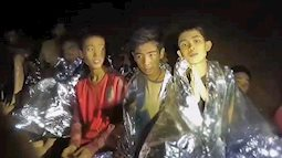 Tính mạng đội bóng nhí Thái Lan đang bị đe dọa do lượng oxy đang cạt kiệt