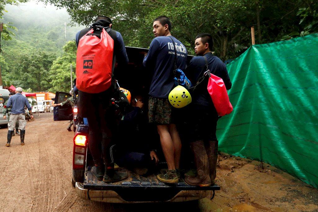 Đợt cứu hộ thứ 2 đội bóng nhí của Thái Lan diễn ra gần 20 giờ