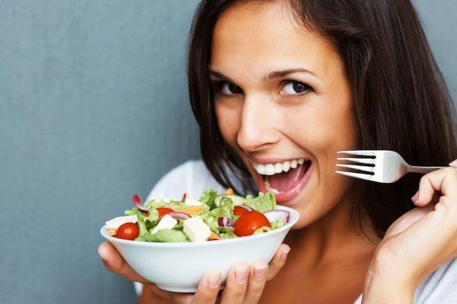 Gìn giữ thanh xuân nhờ bổ sung dinh dưỡng theo độ tuổi