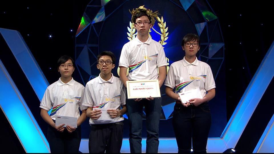 Điểm thi của Cậu bé Google Phan Đăng Nhật Minh: Tiếng Anh 9,6 Văn 6,25 - Ảnh 3.