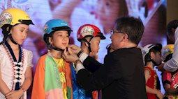 Honda Việt Nam tặng mũ bảo hiểm cho học sinh lớp Một toàn quốc năm học 2018 – 2019