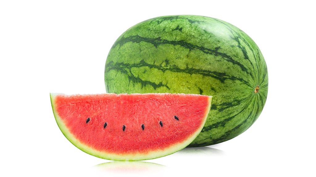 Không nên ăn dưa hấu sát giờ cơm hình ảnh
