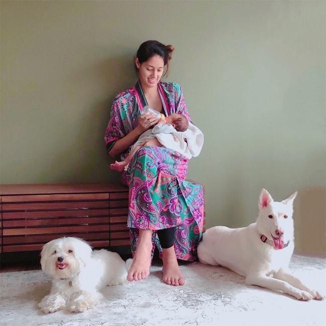 Người mẫu nổi tiếng Nhật Bản bí mật kết hôn, sinh con với nhà sư - Ảnh 1.