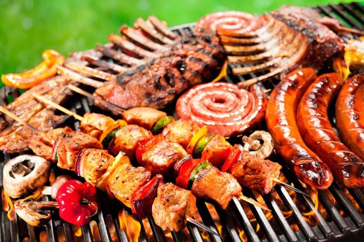 5 thói quen ăn tối có thể làm tăng cao nguy cơ mắc bệnh ung thư đại trực tràng