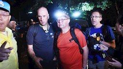 Đây là lần đầu các cậu bé Lợn Hoang xuất hiện trên truyền hình sau khi được giải cứu khỏi hang động