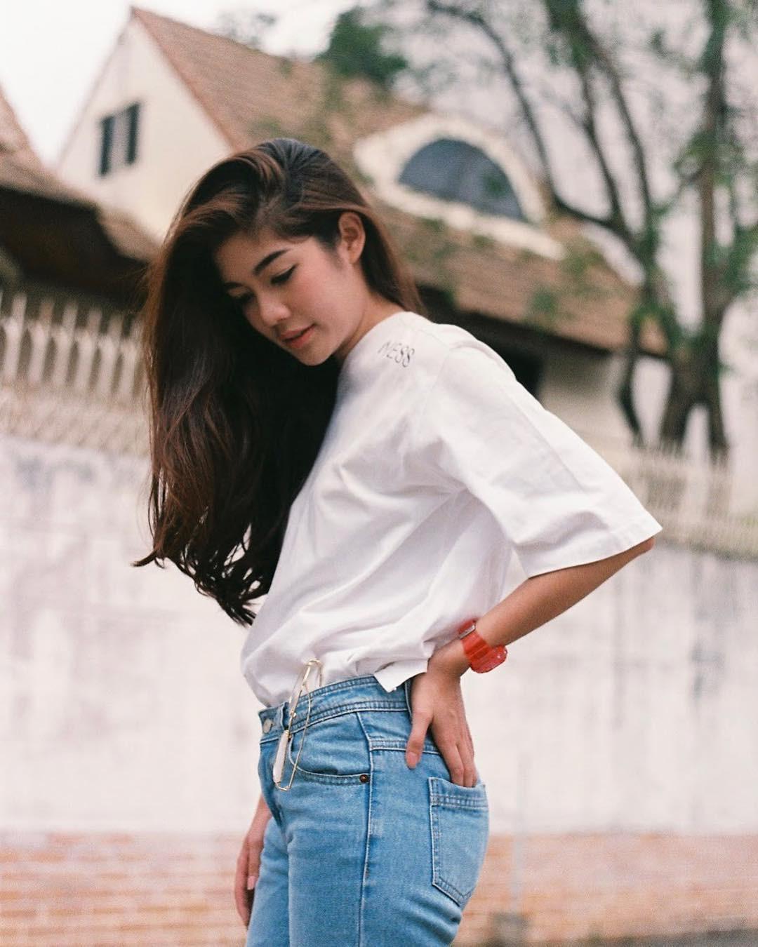 Thích áo phông, mặc nhiều là thế nhưng bạn có biết cách giữ cho chiếc áo của mình bền đẹp như mới - Ảnh 1.