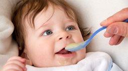 Trẻ sơ sinh ăn thức ăn đặc sớm sẽ ngủ tốt hơn