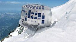 Dành cho những người ưa mạo hiểm, thách thức bản thân với khách sạn trên mỏm núi tuyết