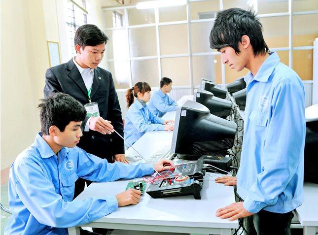 Tiến sĩ ngành hàng không hiến kế cho nền giáo dục Việt từ kinh nghiệm thực tiễn