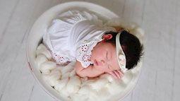 Chồng  siêu mẫu Hà Anh phát hiện ra 'bí mật động trời' ở con gái mới sinh