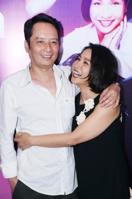 Mỹ Linh và Anh Quân - cặp nghệ sĩ có gia đình hạnh phúc nổi tiếng trong showbiz.