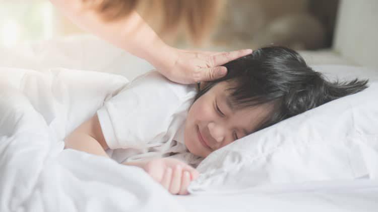 Giải mã câu hỏi: Bé không ngủ trưa, việc phát triển trí não bị ảnh hưởng như thế nào?
