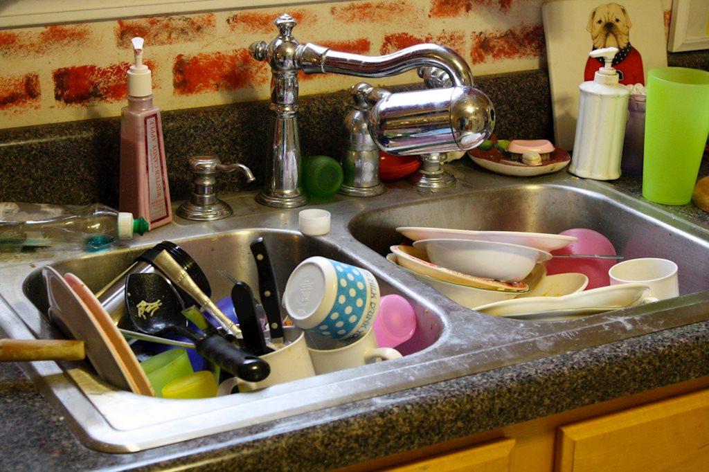 Những nơi nguy hiểm thường bị bỏ qua khi vệ sinh nhà bếp hình ảnh